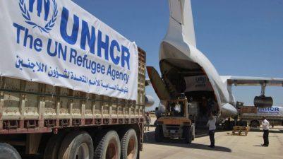 Refugiados: avião de suprimentos na Síria