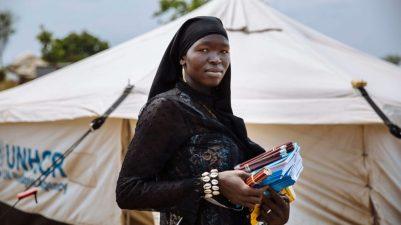 Refugiados: professora na Uganda