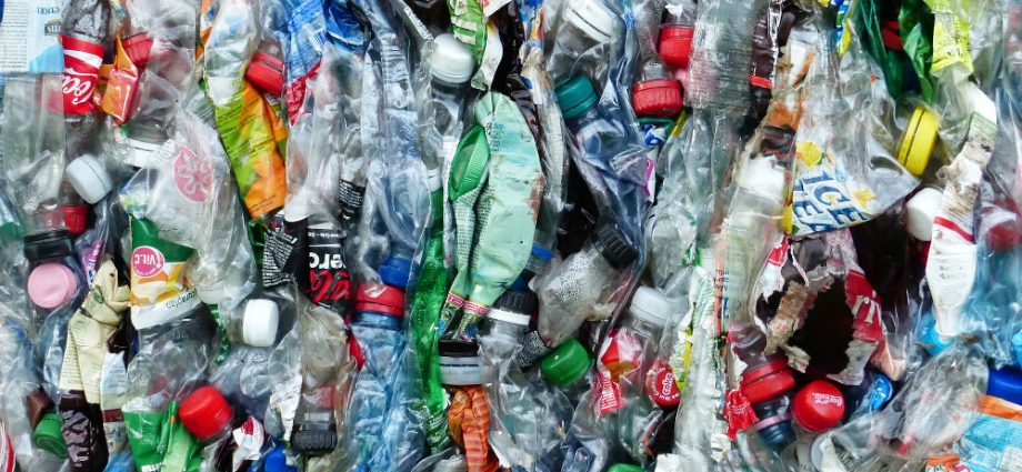 plástico combustível