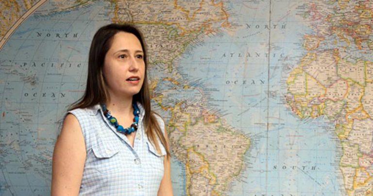 Autora de atlas do agrotóxico no Brasil
